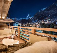 Gavin recently visited Zermatt to experience the latest luxury ski chalets in resort. The 7 Heavens chalet complex are among the best ski chalets in Zermatt Switzerland House, Switzerland Hotels, Chalet Zermatt, Ski Chalet, Vacation Trips, Dream Vacations, Vacation Spots, Places To Travel, Travel Destinations