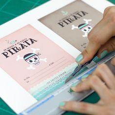 ppstudio_invitacion-fiesta-piratas-01 Diy Party, Party Ideas, Pirate Invitations, Ideas Para Fiestas, Cata, Printables, Places, Birthday Invitations, Pirate Party