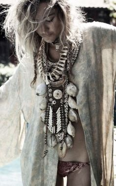 "Summer Style :: Beach Boho :: Festival Outfits :: Gypsy Soul :: Bohemian Beauty :: Hippie Spirit :: Free your Wild :: See more Untamed Fashion + Style Inspiration <a href=""/untamedorganica/"" title=""Untamed Organica"">@Untamed Organica</a>"