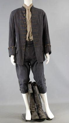 BLACK SAILS FEATHERSTONE CRAIG JACKSON SCREEN WORN COAT SHIRT PANTS & BOOTS SS 4