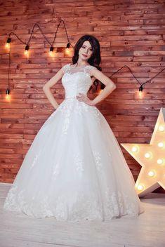 8585017d803 8432 Best Wedding Dresses images