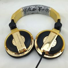 26.00$  Buy here - https://alitems.com/g/1e8d114494b01f4c715516525dc3e8/?i=5&ulp=https%3A%2F%2Fwww.aliexpress.com%2Fitem%2Fdj-headphones-big-fone-de-ouvido-noise-isolating-ecouteur-professional-monitoring-casque-audio-golden-oordopjes-wired%2F32725071774.html - dj headphones big fone de ouvido noise isolating ecouteur professional monitoring casque audio golden oordopjes wired headset 26.00$