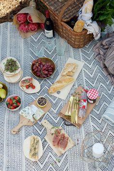 Lanalou Style | Cosy winter picnic | http://lanaloustyle.com