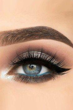 29 Gorgeous Eye Makeup Looks after day and evening, smoky eye make-up, … - Prom Makeup Hooded Eye Makeup, Blue Eye Makeup, Eye Makeup Tips, Smokey Eye Makeup, Makeup Ideas, Makeup Tutorials, Makeup Looks Blue Eyes, Base Makeup, Grey Makeup