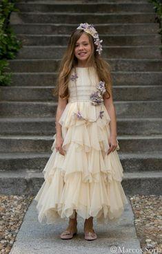 ♥ DÍA MÁGICO by FIMI ♥ el VÍDEO del desfile de LARRANA vestidos COMUNIÓN 2014 : ♥ La casita de Martina ♥ Blog Moda Infantil y Moda Premamá, Tendencias Moda Infantil