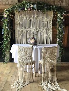 Extra Large Macrame Photography Wedding Backdrop with 2 chair hangers, photo booth wall hanging - Hochzeit Macrame Thread, Macrame Art, Macrame Projects, Wall Hanging Storage, Large Macrame Wall Hanging, Macrame Wall Hangings, Macrame Hanging Chair, Photo Booth Wall, Photo Booths