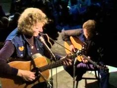 ▶ gordon lightfoot the circle is small - YouTube