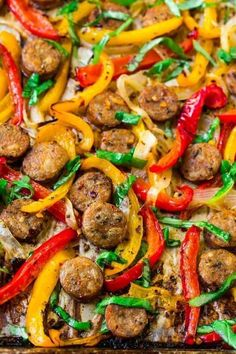Easy Italian Sausage and Peppers in the Oven. A flavorful, healthy all-in-one dinner! Use to top sandwiches, in pasta, or serve over rice. Great for family dinners or for a crowd! via dinner pasta Sausage and Peppers Healthy Sausage Recipes, Chicken Sausage Recipes, Sausage Recipes For Dinner, Healthy Italian Recipes, Italian Sausage Recipes, Sweet Italian Sausage, Pork Recipes, Sausage And Peppers Italian, Meatless Recipes