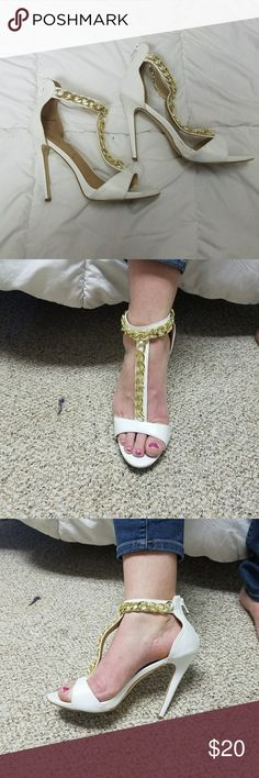 Justfab white heels with gold chain Worn several times. Zipper back. JustFab Shoes Heels