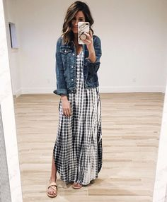 Don't love the dress but love the jean jacket with maxi dress idea Modest Dresses, Modest Outfits, Modest Fashion, Cute Outfits, Modest Clothing, Maxi Dresses And Skirts, Jean Skirts, Apostolic Fashion, Woman Dresses
