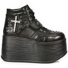 The Marte Platform M.ET011 from New Rock! See more here >> www.beserk.com.au/newrock #NewRock #Platforms