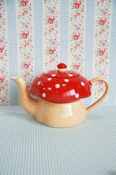 Set of 2 Ceramic Teapot and Mug Red Mushroom by maamoon on Etsy