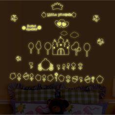 Fluoreszkáló sütivirág falmatrica  # #csajos #kastély #vár #süti #sötétbenvilágitó #gyerekszobafalmatrica #falmatrica #gyerekszobadekoráció #gyerekszoba #matrica #faldekoráció #dekoráció Lany, Neon Signs