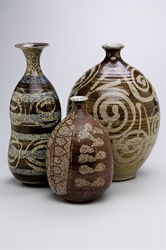Three vases by Peter Voukos, 1952 Photo by Dan Kvitka click now for info. Ceramic Clay, Ceramic Pottery, Pottery Art, Pottery Designs, Contemporary Ceramics, Vintage Pottery, Ceramic Artists, Clay Art, Stoneware