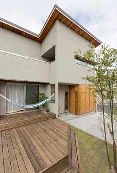 小平井の家 | 建築事例 Home Building Design, Building A House, House Design, Residential Architecture, Architecture Design, Japan Modern House, Exterior Paint Colors, New Construction, Planer