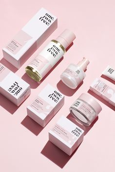 Cosmetic Packaging, Beauty Packaging, Brand Packaging, Skincare Branding, Luxury Cosmetics, Cosmetic Design, Bottle Design, Packaging Design Inspiration, Makeup Brands
