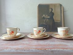 Items similar to Vintage Alfred Meakin Tea cups/Saucers/Cake plates - Tea for Three on Etsy Tea Cup Saucer, Tea Cups, Alfred Meakin, Cake Plates, Vintage China, Bone China, Vintage Antiques, Sydney, Etsy Seller