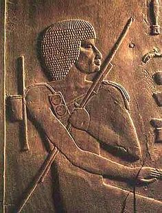 The first known dentist was an Egyptian named Hesi-Re, who was in charge of treating and alleviating the dental ailments of the Pharaohs. He was also a doctor who indicated the importance of the association between Medicine and Dentistry.