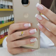 French Acrylic Nails, Flower Nail Designs, Hand Art, Flower Nails, How To Do Nails, Beauty Secrets, Makeup Yourself, You Nailed It, Nail Polish