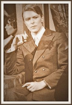 Davidbowie 1978 in just a gigolo