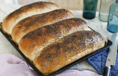 Cooking Bread, Bread Baking, Cooking Recipes, Good Food, Yummy Food, Bread Bun, Our Daily Bread, English Food, Dessert For Dinner
