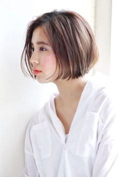 66 Chic Short Bob Hairstyles & Haircuts for Women in 2019 - Hairstyles Trends Haircuts Straight Hair, Short Bob Hairstyles, Hairstyles Haircuts, Pretty Hairstyles, Medium Hair Cuts, Short Hair Cuts, Medium Hair Styles, Short Hair Styles, Modern Bob Haircut
