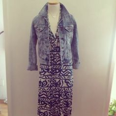 via @Taim Boutique {Another amazing printed #RachelPally dress with our favorite #Mavi acid wash denim jacket. Wear this to lunch or shopping with girlfriends! #fashion #style #styling #ootd #resort}