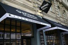 """Swing Kitchen - Nachdem das klassisch österreichische Wirtshaus in Großmugl seit langer Zeit ein Erfolg ist, swingt der Schillinger nun auch in Richtung Fast Food. """"Swing to vegan!"""" ist das Motto des neuen Lokals und nach einem gediegenen Schnellimbiss in dem hübschen Burgerladen lässt man sich das auch nicht zweimal sagen ..."""