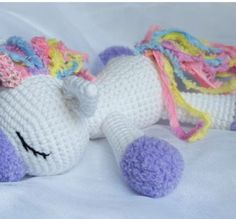 Amigurumi pony unicorno