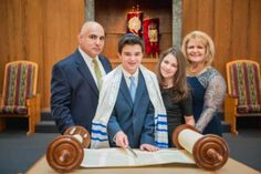 The Jack Lesser Bar Mitzvah Family Spotlight with a baseball theme and lots of great ideas.