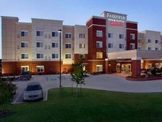 Tupelo (MS) Fairfield Inn & Suites by Marriott Tupelo United States, North America Fairfield Inn & Suites by Marriott Tupelo is conveniently located in the popular Allyson Hills area. The hotel offers guests a range of services and amenities designed to provide comfort and convenience. Free Wi-Fi in all rooms, family room are on the list of things guests can enjoy. Comfortable guestrooms ensure a good night's sleep with some rooms featuring facilities such as air conditioning,...