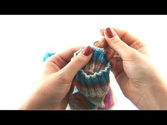 How to Knit Socks #9 Weaving in loose ends