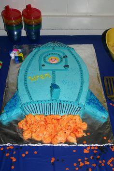 cupcake cake shaped like rocket?