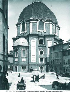 San Lorenzo Cappelle Medicee viste da Piazza Madonna degli Aldobrandini Firenze