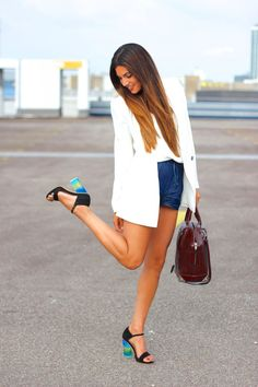 white blazer ... check out the shoesss<3