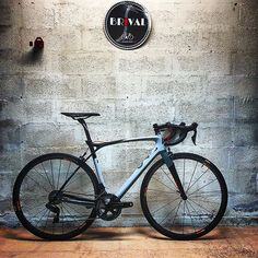 Vélo Lapierre Xelius SL 70th (2017)  4999 au lieu de de 6999  Découvrez le plus en détail sur notre site internet ou au magasin !!! #velobrival #lapierre #xelius #velo #bike #bikeporn #limousin #correze #correzegram #tulle #soldes #promotion