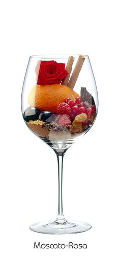MOSCATO ROSA  Raspberry, red currant, black cherry, orange peel, raisin, rose, cinnamon, clove, dark chocolate