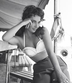 Liz Taylor. One of the most beautiful women to ever grace the silver screen.