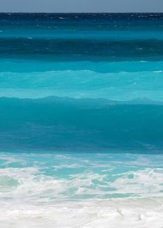 1. II Surface layers - aqua and turquoise. Living room color inspiration, these are so beautiful.