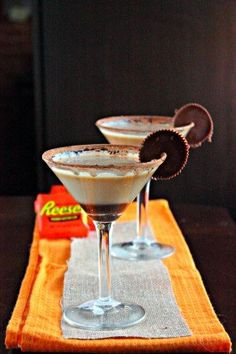 Peanut Butter Cup Martini made simple. Peanut Butter simple syrup, Chocolate Whipped Pinnacle, chocolate syrup, and garnished with peanut butter cups!