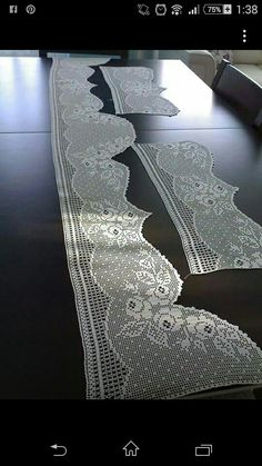 This Pin was discovered by Gül Crochet Curtains, Crochet Doilies, Filet Crochet Charts, Crochet Stitches, Crochet Home, Chrochet, Needlework, Diy And Crafts, Embroidery