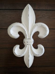 Fleur de Lis Wall Decor/Antique White/Cast Iron Wall Decor/Paris Apartment/French Country Style on Etsy, $20.99