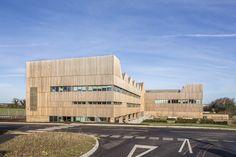 Galería de Edificio Bob Champion / Hawkins\Brown - 5