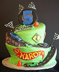 Hot wheels birthday cake - use orange for road instead to resemble track