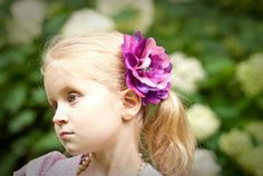 These are the cutest tutorials for hair bows and flowers! So adorable!