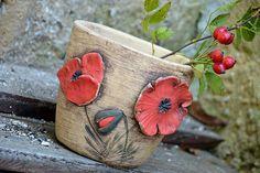 Ceramic Birds, Ceramic Flowers, Ceramic Pottery, Ceramic Art, Clay Art Projects, Ceramics Projects, Beauty Room Decor, Clay Wall Art, Pottery Tools