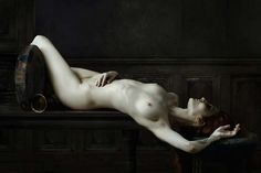 Baroque-Style nudes of Olivier Valsecchi embody beauty and despair