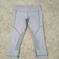 Lululemon size 6 running crops Very comfortable pair of lululemon crops, I can't remember the style. Has pilling on the pant but always washed in the delicate cycle and line dried. Pockets on the side lululemon athletica Pants Leggings
