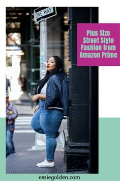 Plus size streetwear black girl   Plus size street fashion   Plus size street style 2021   Plus size sneaker outfits jeans   Trendy outfits to wear with sneakers   Plus size sneaker outfits casual   Plus size casual street style fashion Sneakers Outfit Casual, Sneaker Outfits, Street Style Trends, Casual Street Style, Plus Size Casual, Jean Outfits, Clothing Items, Streetwear Fashion, Street Fashion