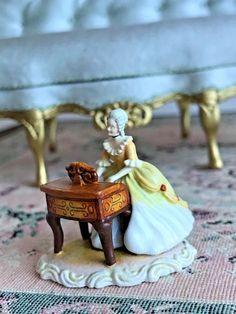 Ron Olszewski Musical Study Figurine 039 The Pianist 039 Limited Edition 44 Small Figurines, Miniature Figurines, Tiny Treasures, Dollhouse Miniatures, Garden Sculpture, Musicals, Artisan, Study, Antiques